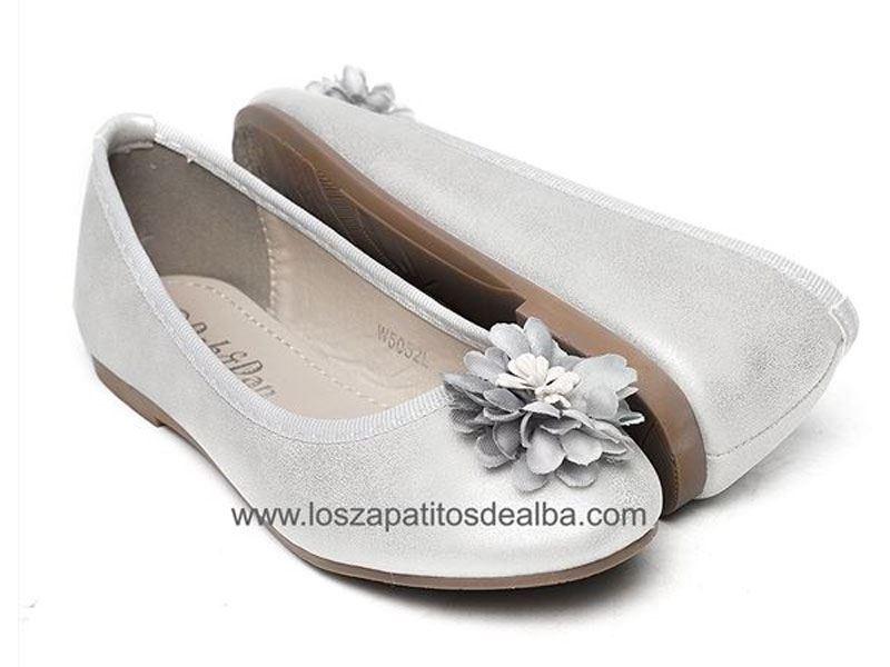 8348722a431 Zapatos de niña de vestir  ¿Qué es lo que más se lleva
