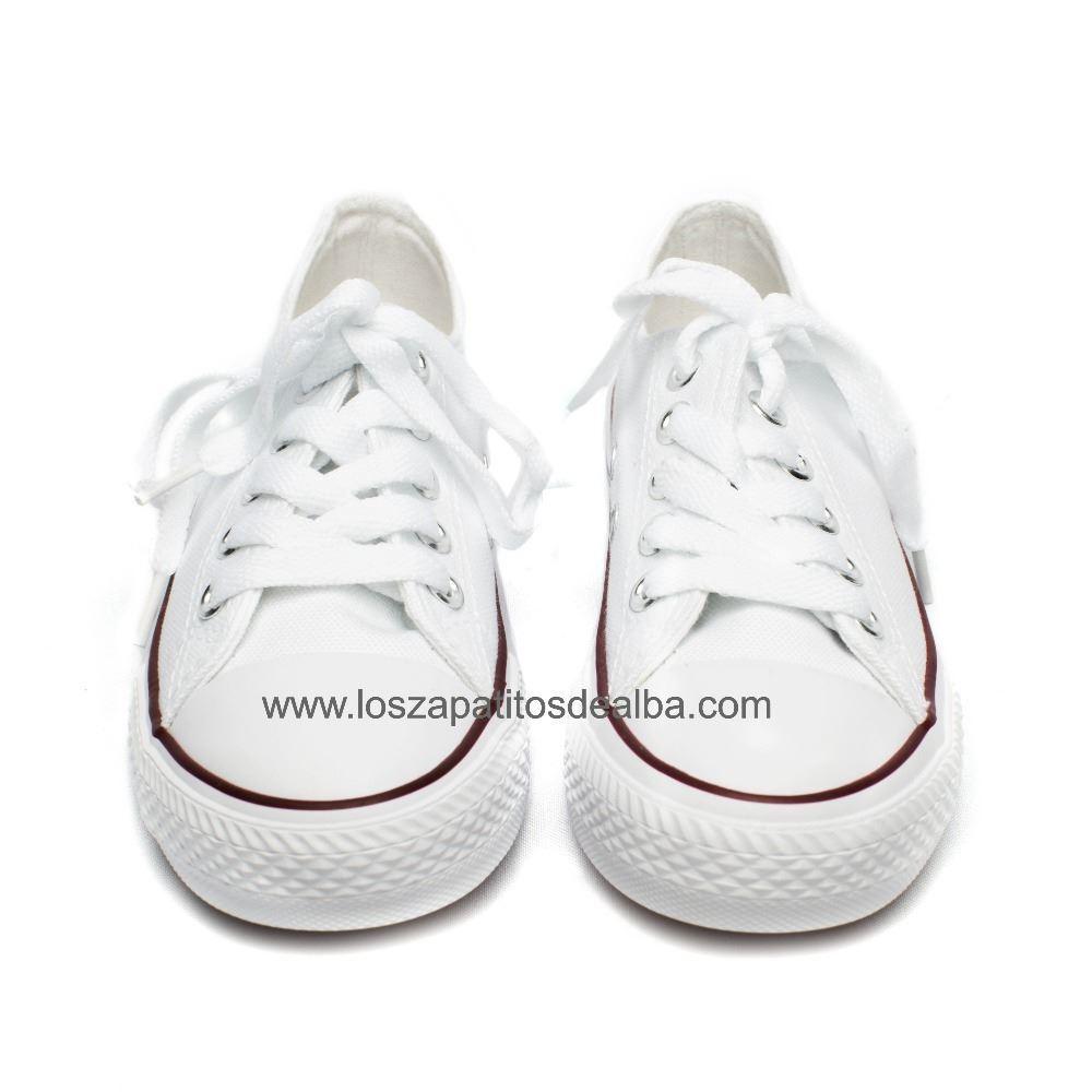 592e070e7f562 Zapatillas lona blanca estilo Converse  Zapatillas lona blanca estilo  Converse (1) ...