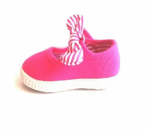 5a6cb5542ed Comprar Merceditas niña muy baratas lona rosa fuscia