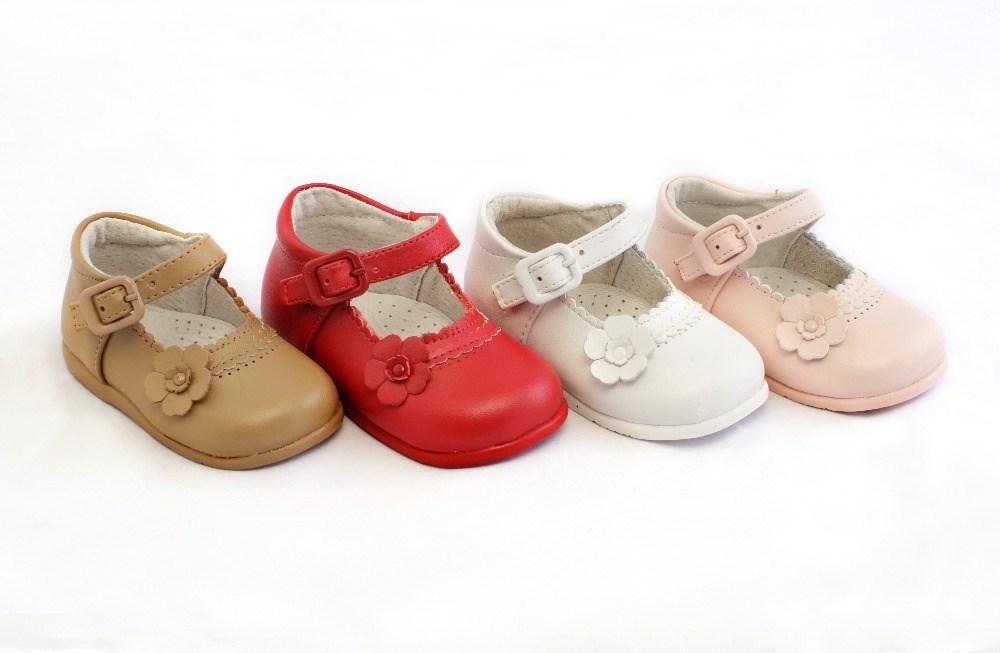 0ca7b6a6edc3a ... Merceditas bebé niña primeros pasos blanca modelo Flor (1) ...