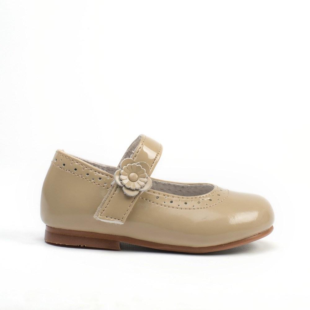 Jun 03, · En tres minutos y con un poco de agua y una bolsa, podrás aumentar la talla de los zapatos que te queden apretados (hasta dos números).