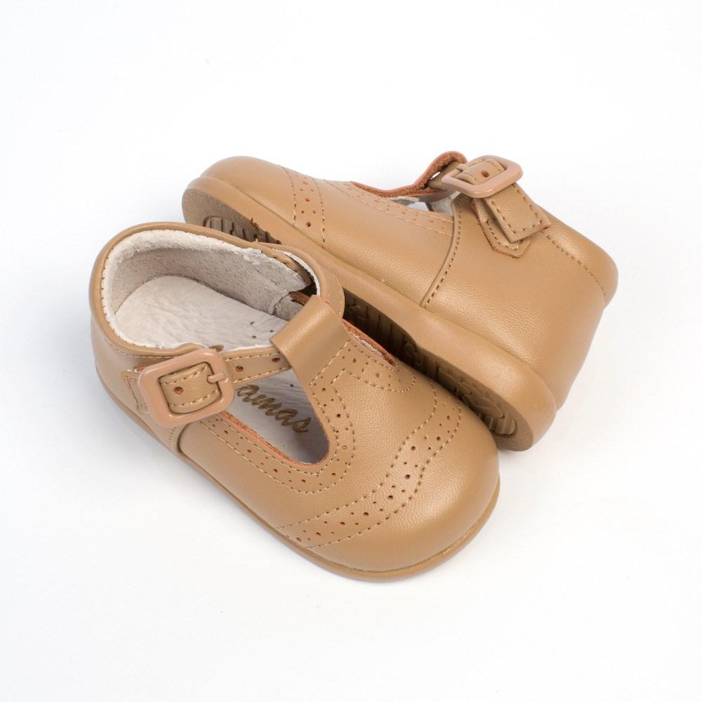224bf30af64 ... Zapatos bebé niño Pepito Camel Troquelado Inglés (1) ...