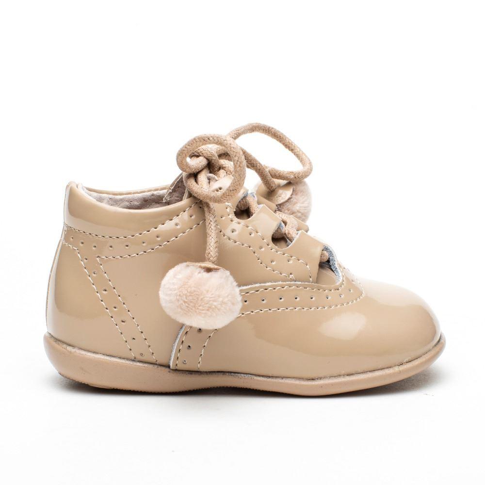 Zapatos Bebés Inglesitos Arena Charol Modelo Pompones
