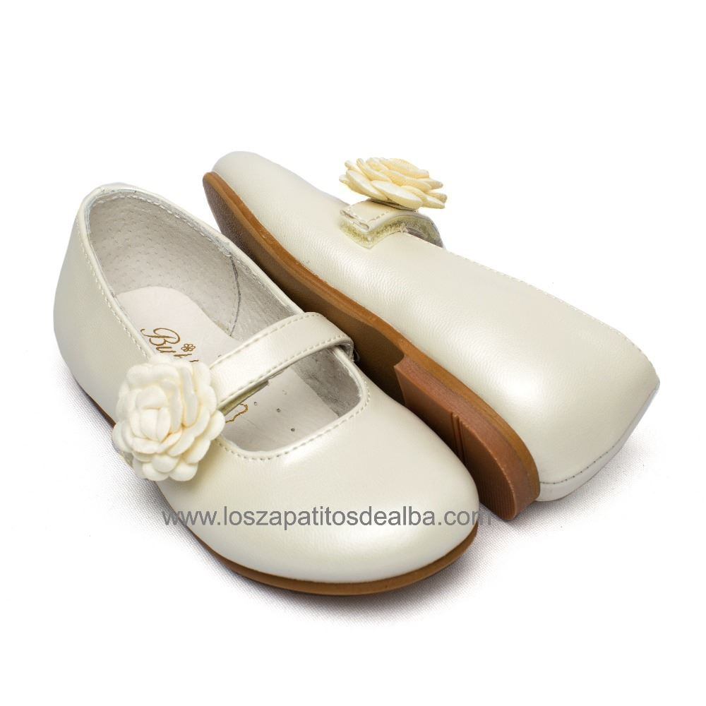 45ee266ef ... Zapatos niña ceremonia Beige modelo Dulce (1) ...