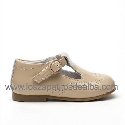 b08e36f4b Comprar Zapato Niño Charol Arena. Zapatos Baratos.