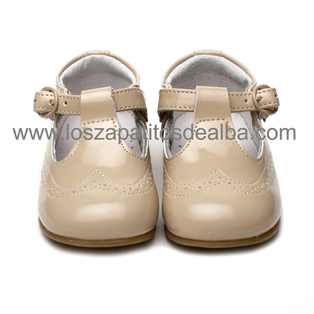 c356f8cf Comprar Zapato Niño Charol Arena. Zapatos Baratos.  Los zapatitos de ...