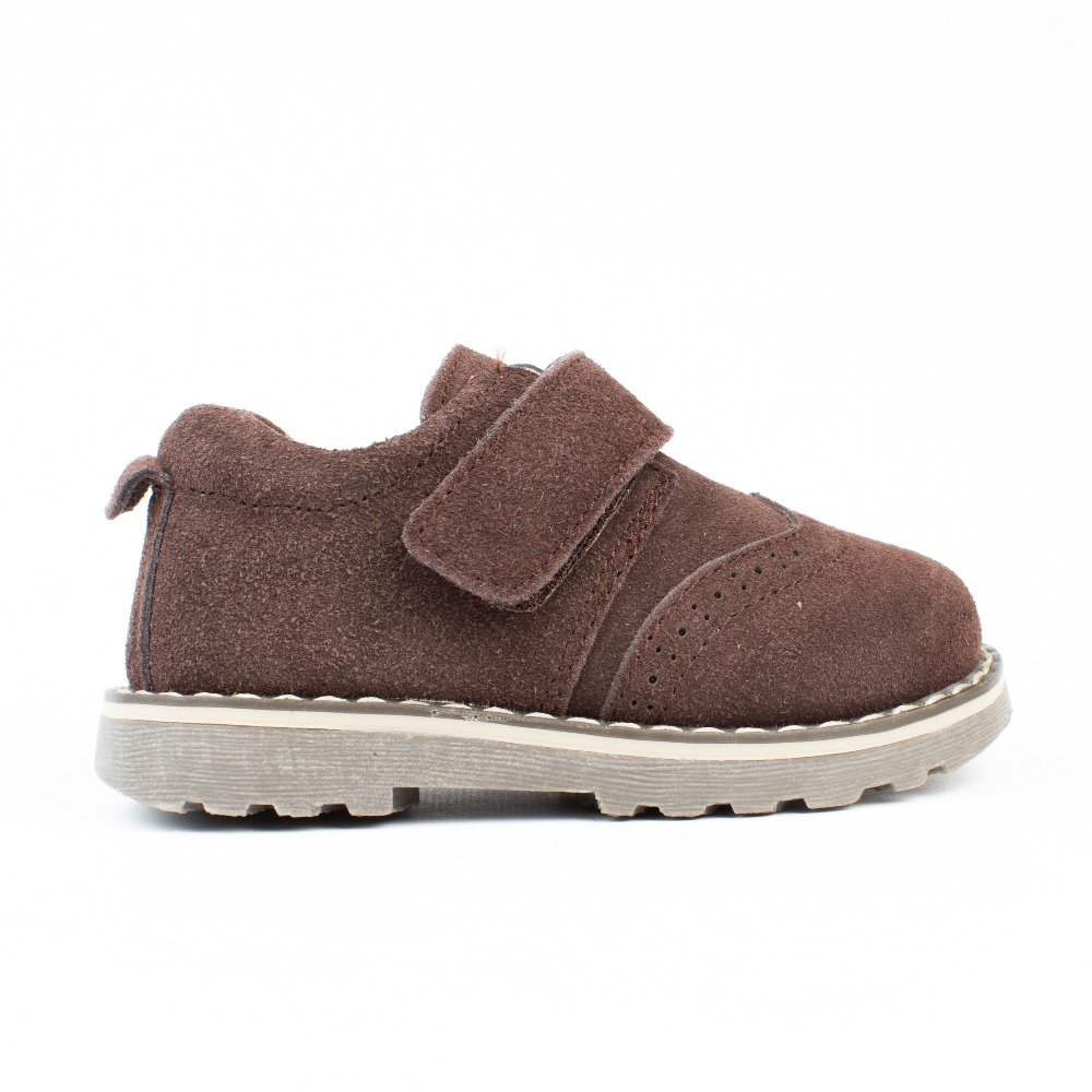 f42d2ab8ee3 Zapatos niños marrón chocolate modelo velcro baratos